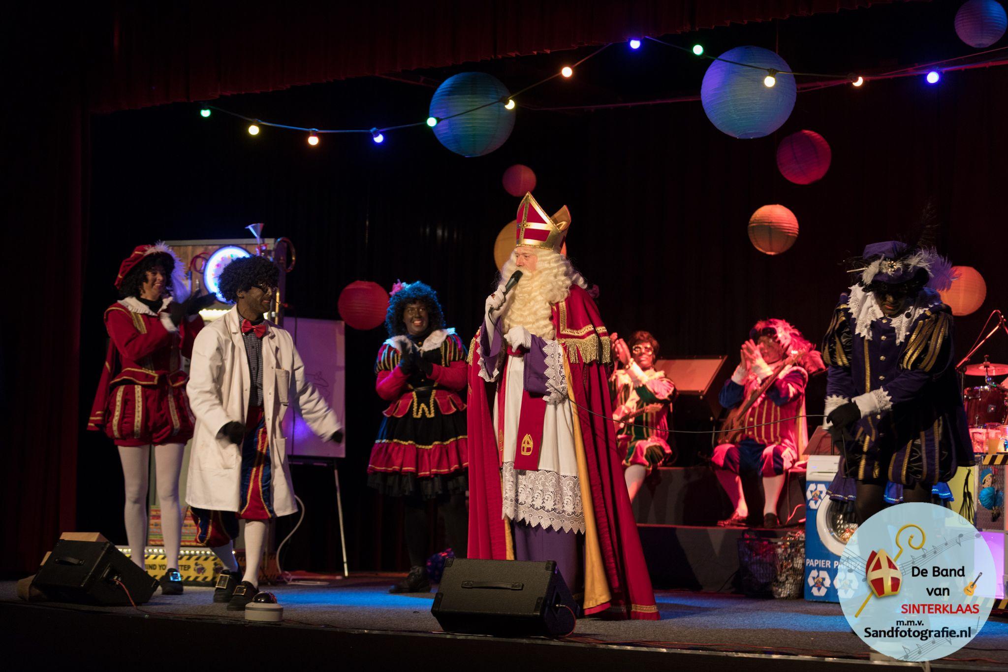 Theatershow Paniek in de Feestfabriek Vriezenveen Sand Fotografie