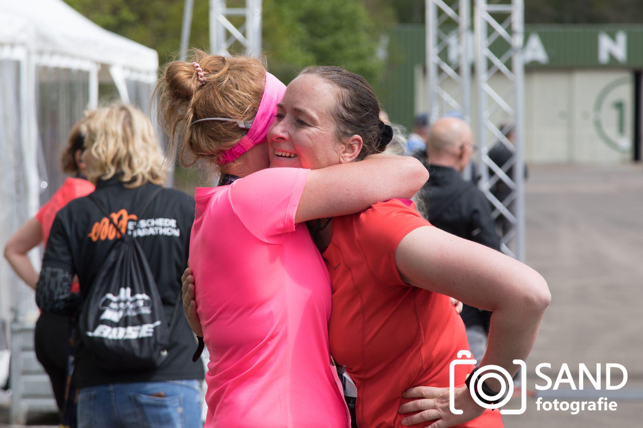 Fieldlab evenement Marathon Enschede op Vliegveld Twenthe 16 mei 2021 Sand Fotografie